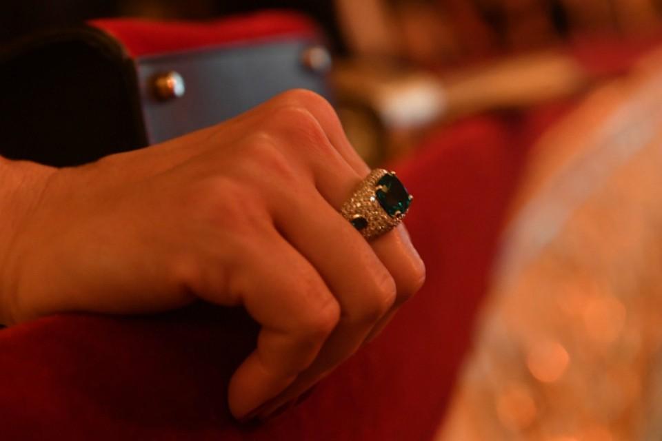 Усеверянина выдался несчастливый день: похитил, апотом потерял перстень