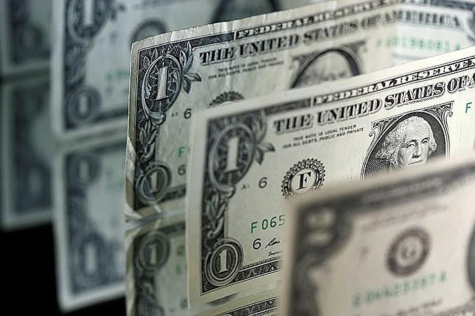 Курс рубля берет новые рубежи: «доллар отдыхает»