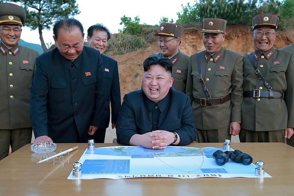 Власти Японии назвали 4 сценария войны наКорейском полуострове