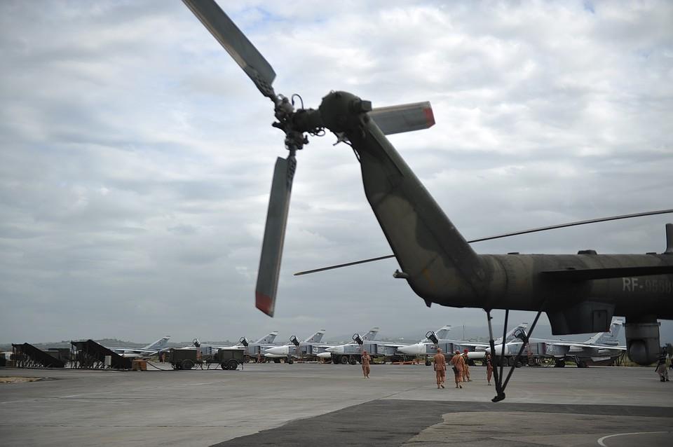 ВМинобороны поведали  осамолете США вовремя атаки базы Хмеймим