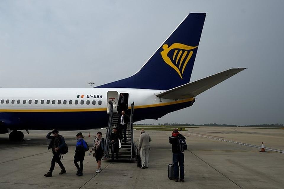 Самолет Ryanair вынужденно сел вИспании из-за 2-х нетрезвых пассажиров