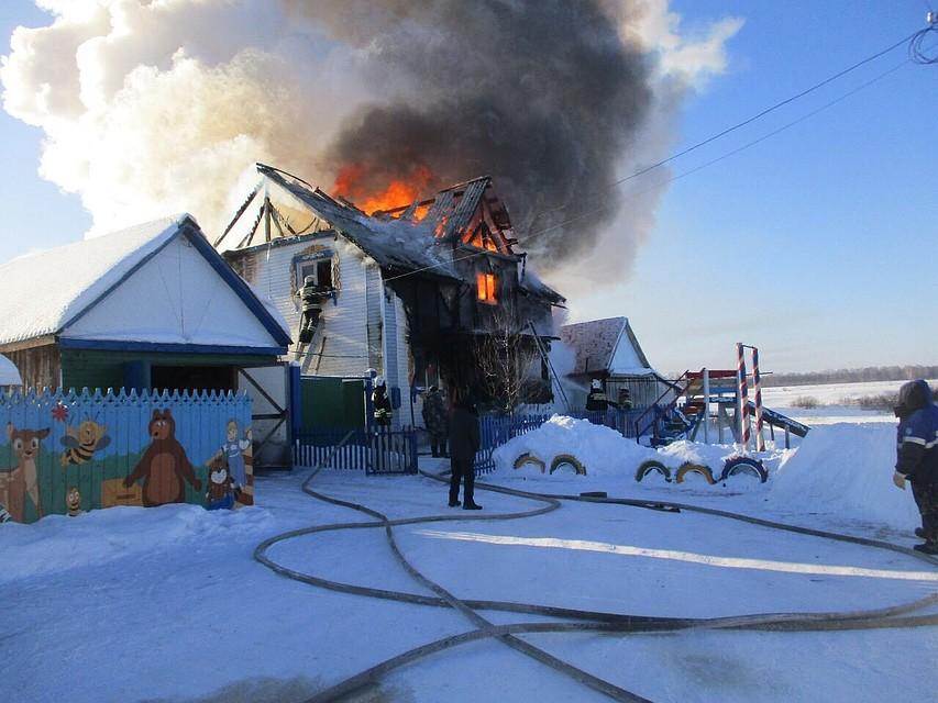 Назван подозреваемый при пожаре вСедельниково, где погибли пятеро детей