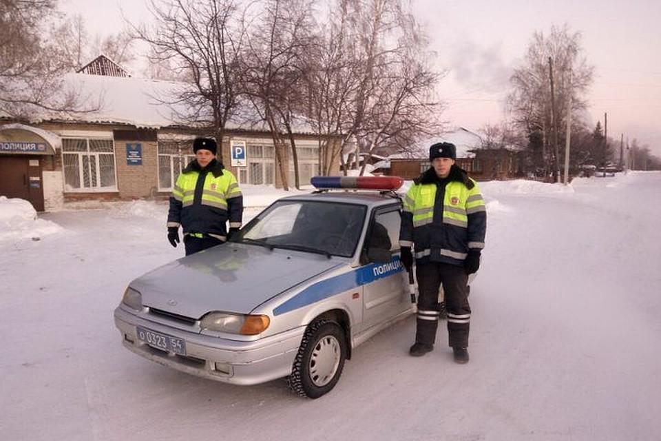 «Скорая помощь» спациентами заглохла наморозной трассе под Новосибирском