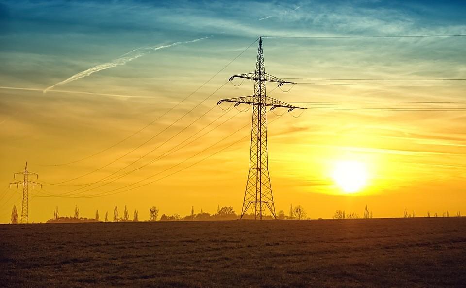 Неменее 130 населенных пунктов остались без света вСмоленской области