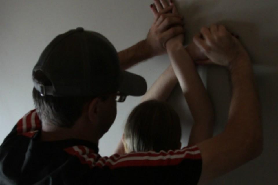 ВХабаровске мужчина 4 года насиловал свою падчерицу