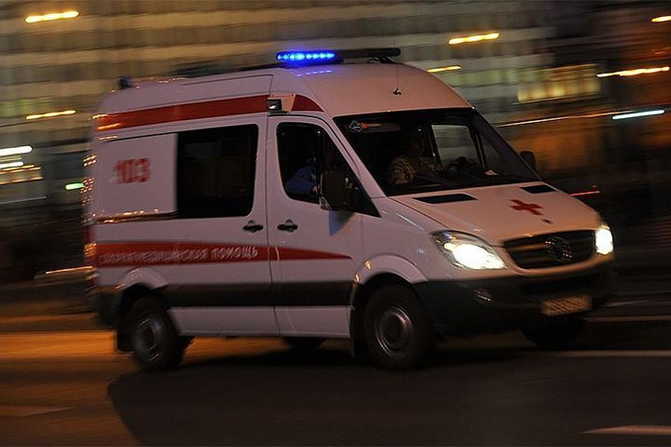 ВПетербурге школьница сломала позвоночник из-за падения слестницы
