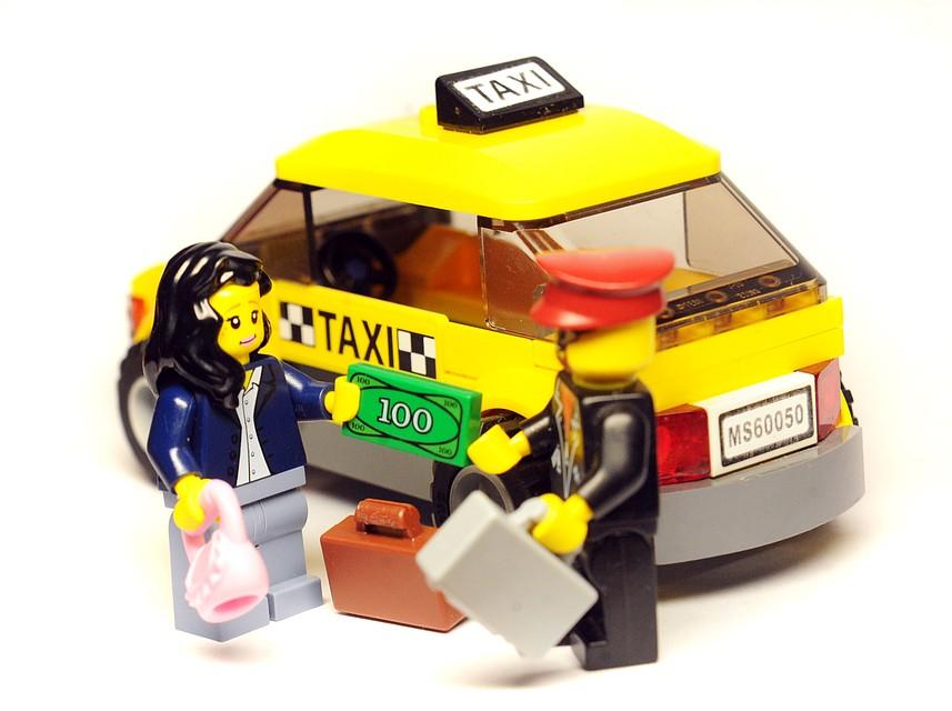 ВоВладикавказе таксист-наркоторговец продавал пассажирам марихуану
