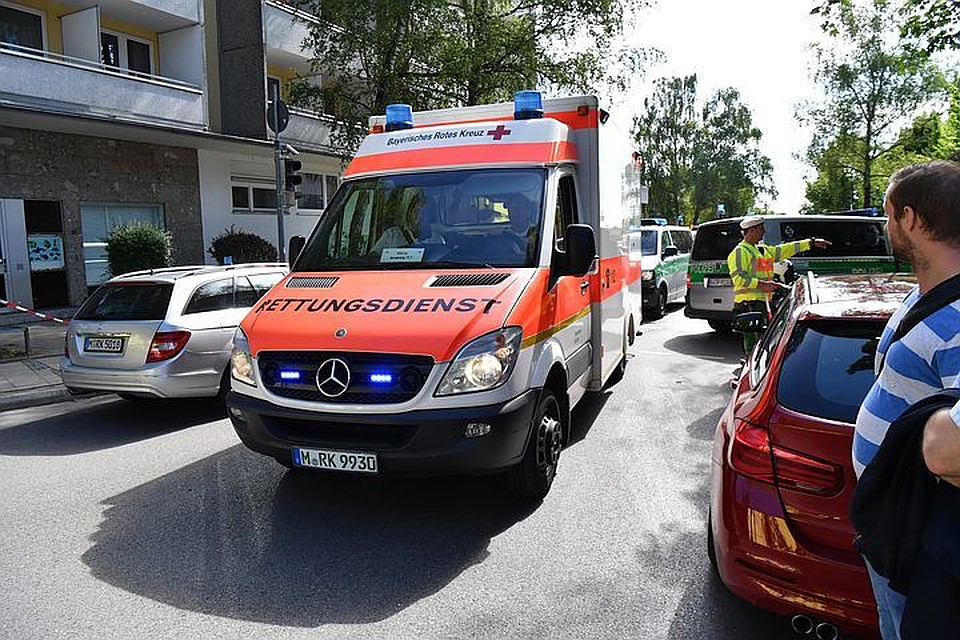 ВГермании военный вертолет врезался в сооружение, есть погибшие