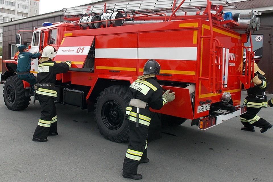 Насевере столицы полыхает бизнес-центр: произведена эвакуация 150 человек