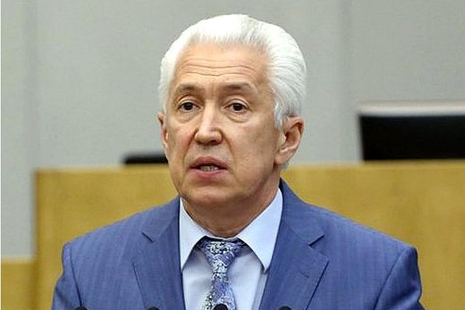 Руководитель Дагестана сократил зампостпреда республики при президенте