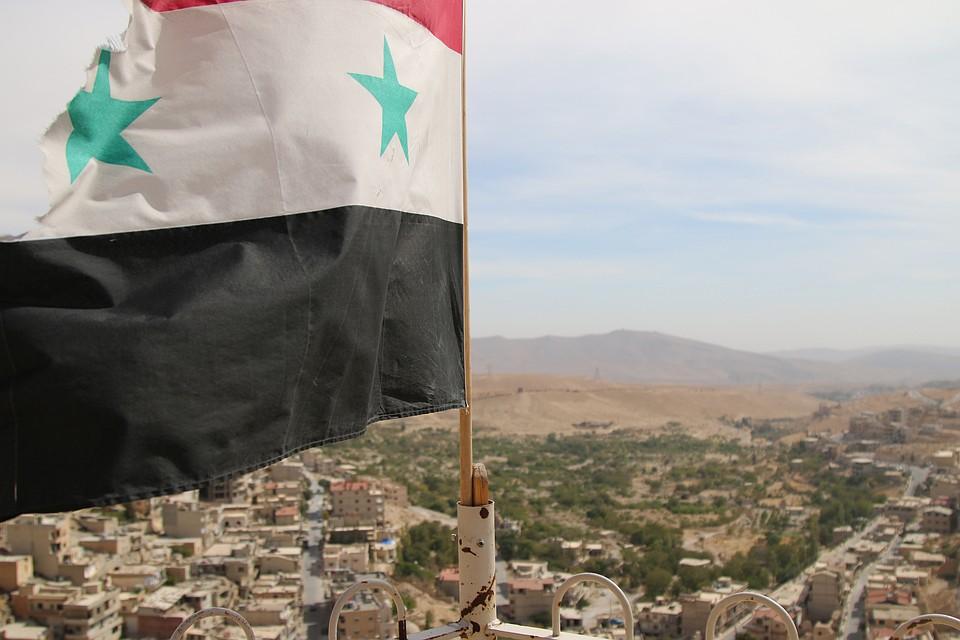 Израиль бьет поСирии, прикрывшись атакой натеррористов