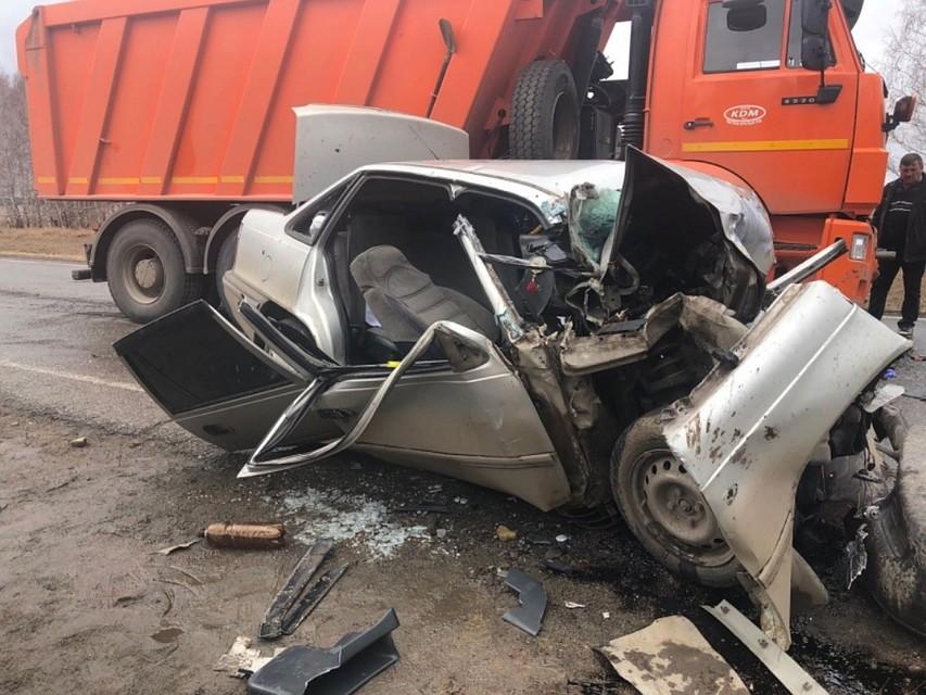 Из-за выезда на«встречку» натрассе вЧелябинской области погибли двое