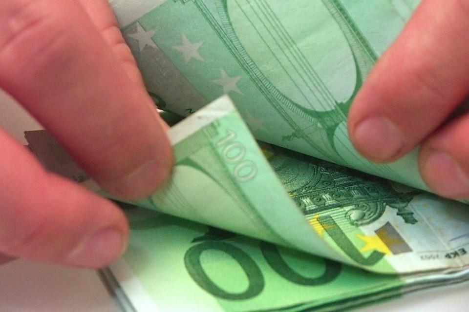 Канны: пенсионер забыл впроданном комоде 180 тыс. евро