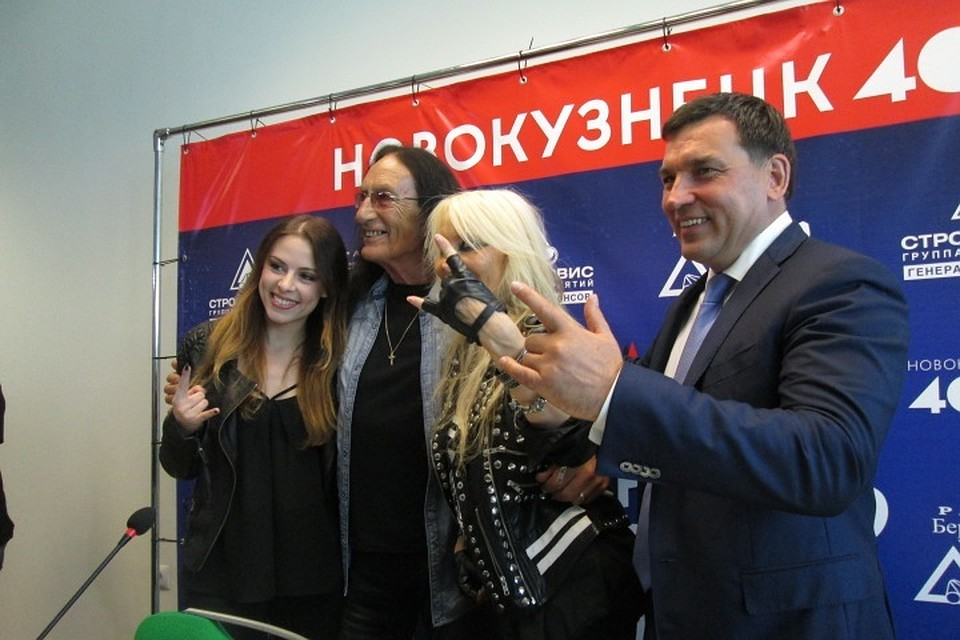 Сергей Кузнецов спел для новокузнечан нарок-фестивале
