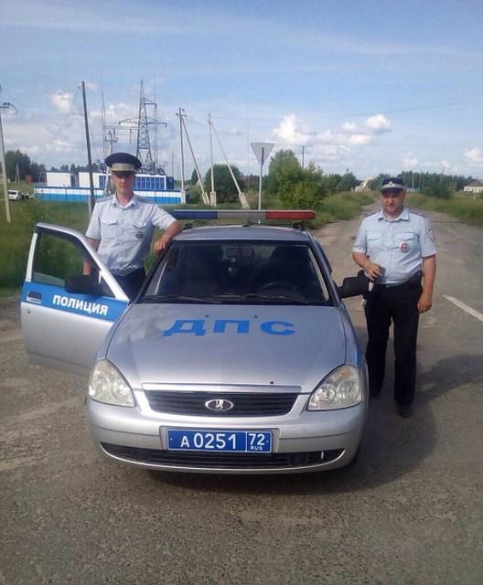 Тюменские полицейские помогли доставить в поликлинику раненого дальнобойщика