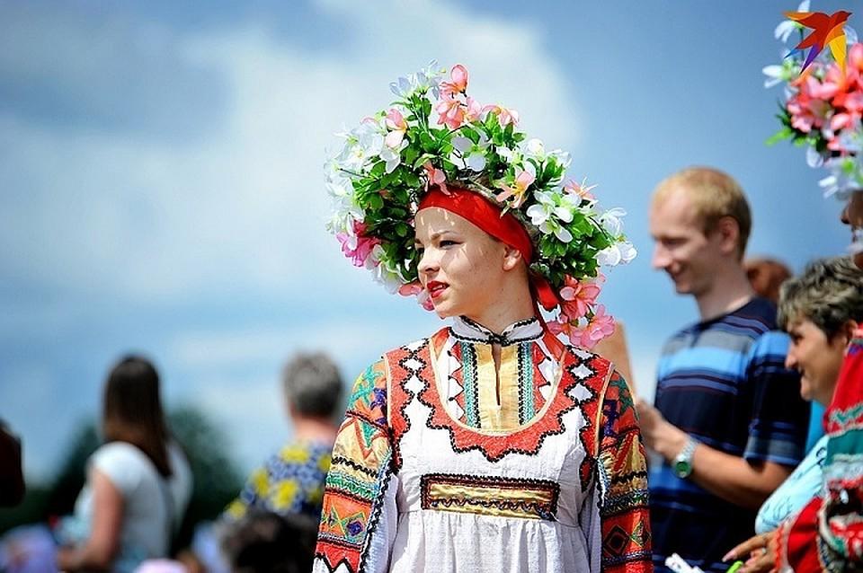 ВТомской области выступят ведущие коллективы народного творчества Сибири