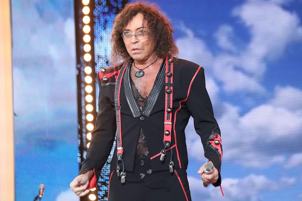 Валерий Леонтьев отменил концерты из-за трудностей  соспиной