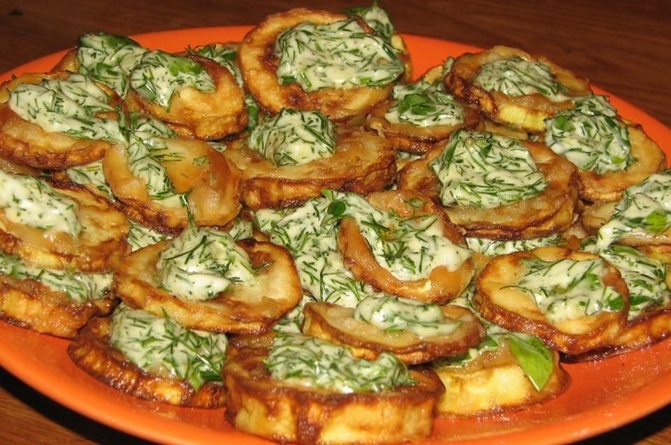 Кабачки в духовке с майонезом и чесноком рецепт с фото пошагово
