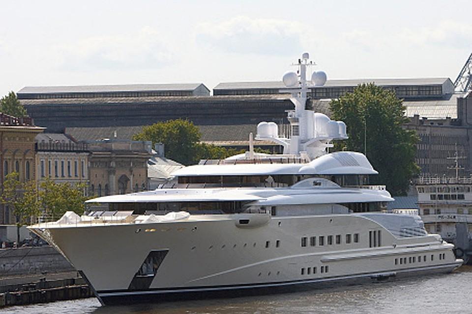 Самая длинная яхта — у Романа Абрамовича