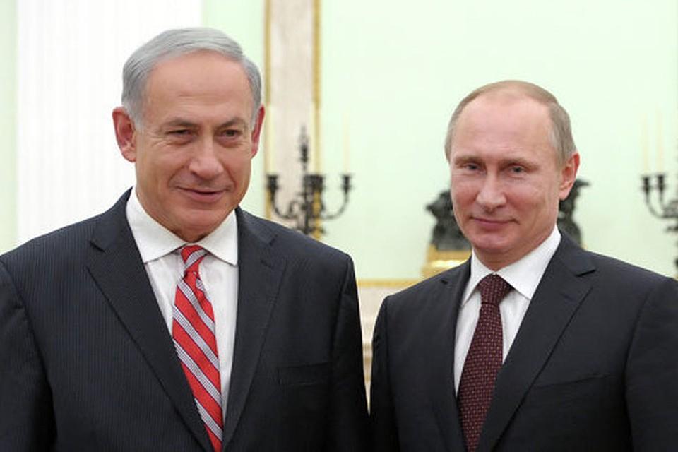 Не успел премьер-министр Биби Нетаньяху вернуться из Москвы с конфиденциальных, с глазу на глаз переговоров с президентом Путиным, как краткое содержание их секретных бесед появилось в газете «Маарив», представленное как большое достижение израильского премьера.