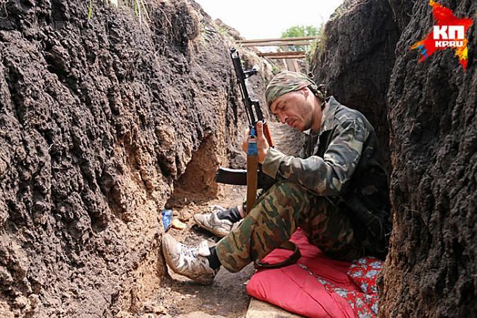 Спецкоры «КП» провели день на позициях ополчения в Семеновке — переднем рубеже обороны Славянска