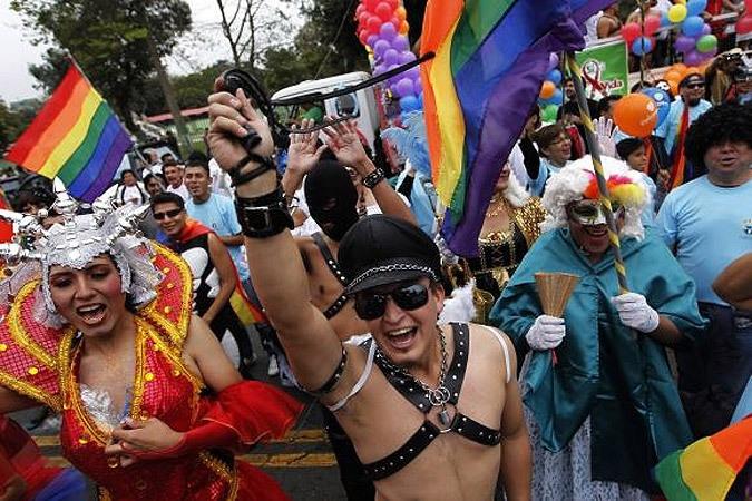 diskoteka-transseksuali-v-kieve