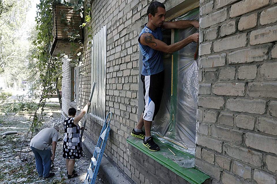 Луганск стал второй Припятью. Очередной город-призрак, только пока населенный людьми