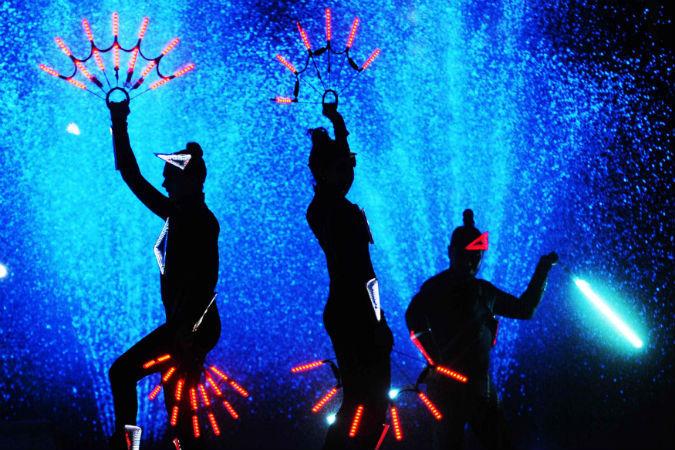 Фестиваль «Круг света» в Москве, фрагмент шоу
