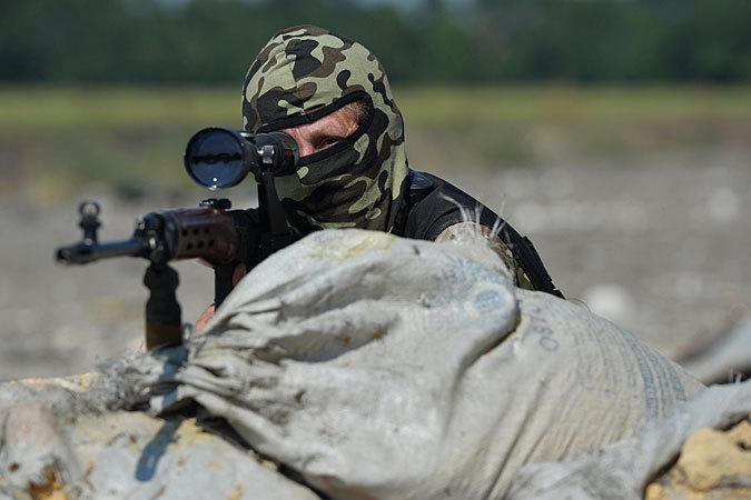 Имя меткого снайпера-добровольца представители ДНР и ЛНР не сообщили