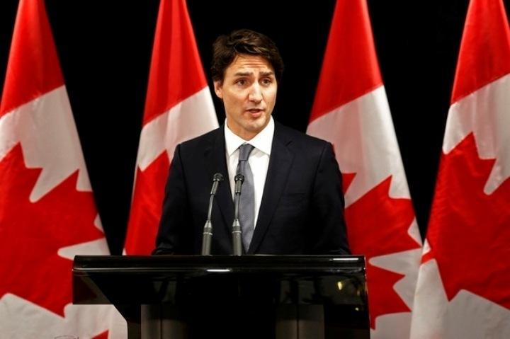 Канадский ремьер Джастин Трюдо, который сейчас находится в Давосе, созвал экстренную пресс-конференцию