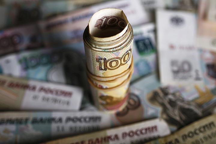 В то же время россиян больше волнует курс рубля, а не биржевая стоимость нефти