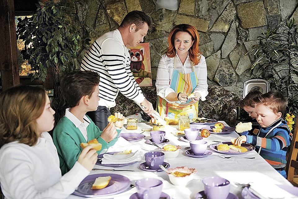 У Елены Скрынник подавать на завтрак свежевыпеченный хлеб - это семейная традиция.