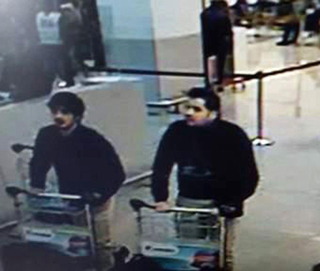 Бельгийские СМИ опубликовали фото предполагаемых террористов в аэропорту Фото: скриншот видео