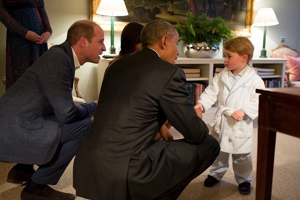 Президент США встолице Англии пообщался сдвухлетним английским принцем