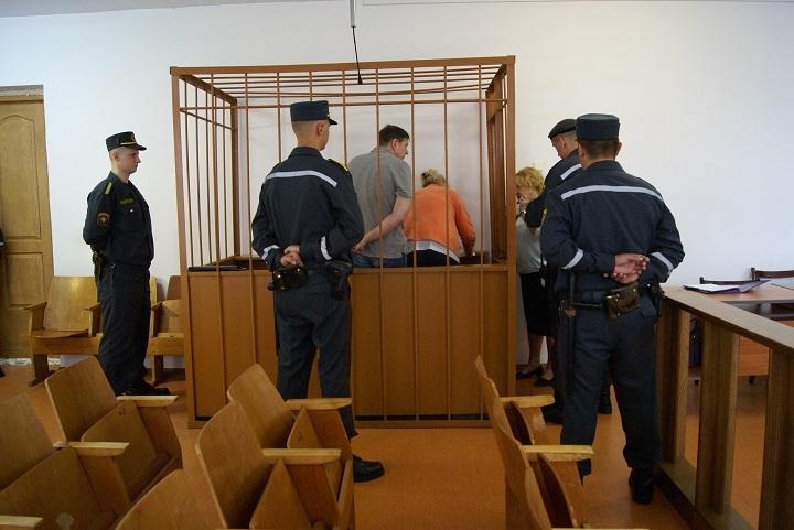 На скамье подсудимых Михаил Сучков и Валентина Венсковская
