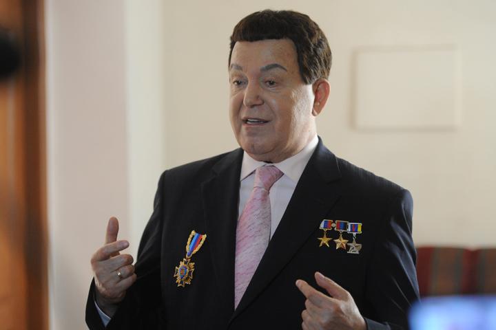 Иосиф Кобзон уже в седьмой раз приехал на Донбасс
