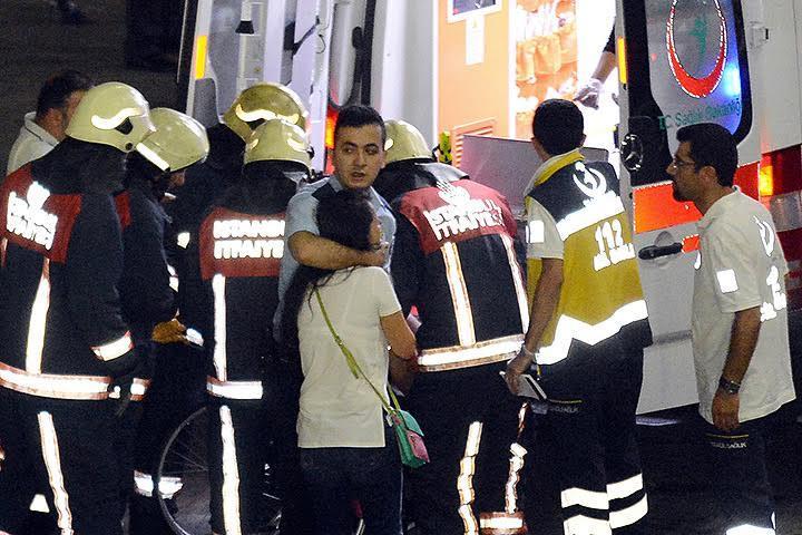 Жертвами взрывов стали не менее 28 человек, пострадали 60