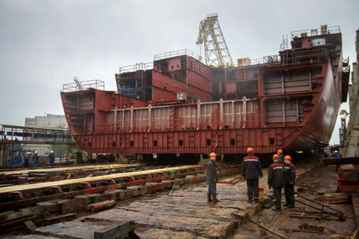 На Балтийском заводе строят ледоколы Фото: пресс-служба завода