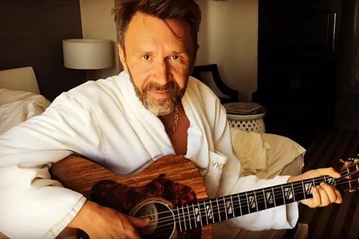 Сергей Шнуров спел песню отом, что он редкостный покемон