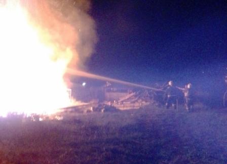 15 пожарных тушили загоревшуюся баню вТуле