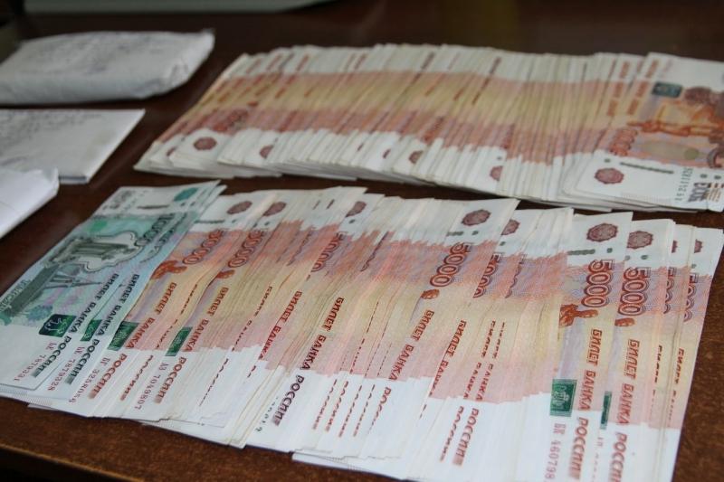ВКостроме разыскивается пара аферистов, обманувшая пожилых людей практически на млн. руб.