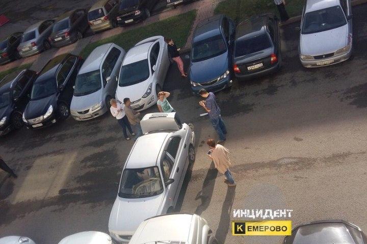 ВКемерове девушка устроила массовое ДТП: пострадало 5 машин