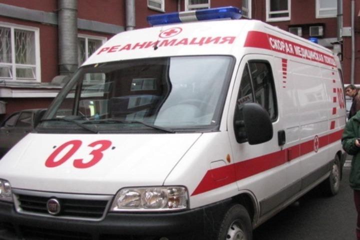 Двухлетний ребенок выпал изокна вПетербурге