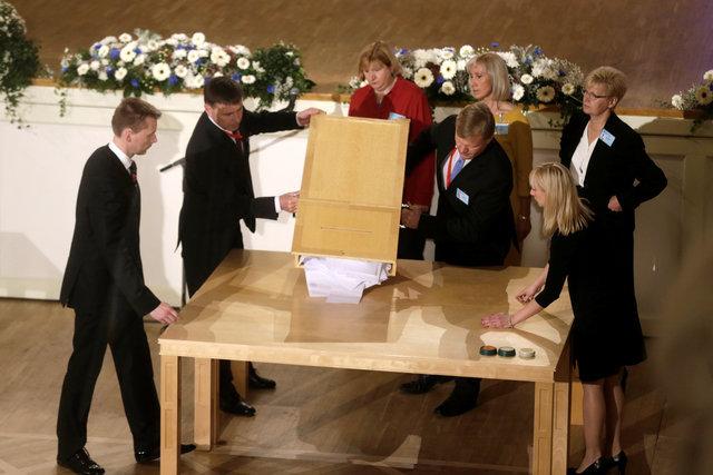Чиновница изБрюсселя: Кандидат впрезиденты Эстонии отпарламента