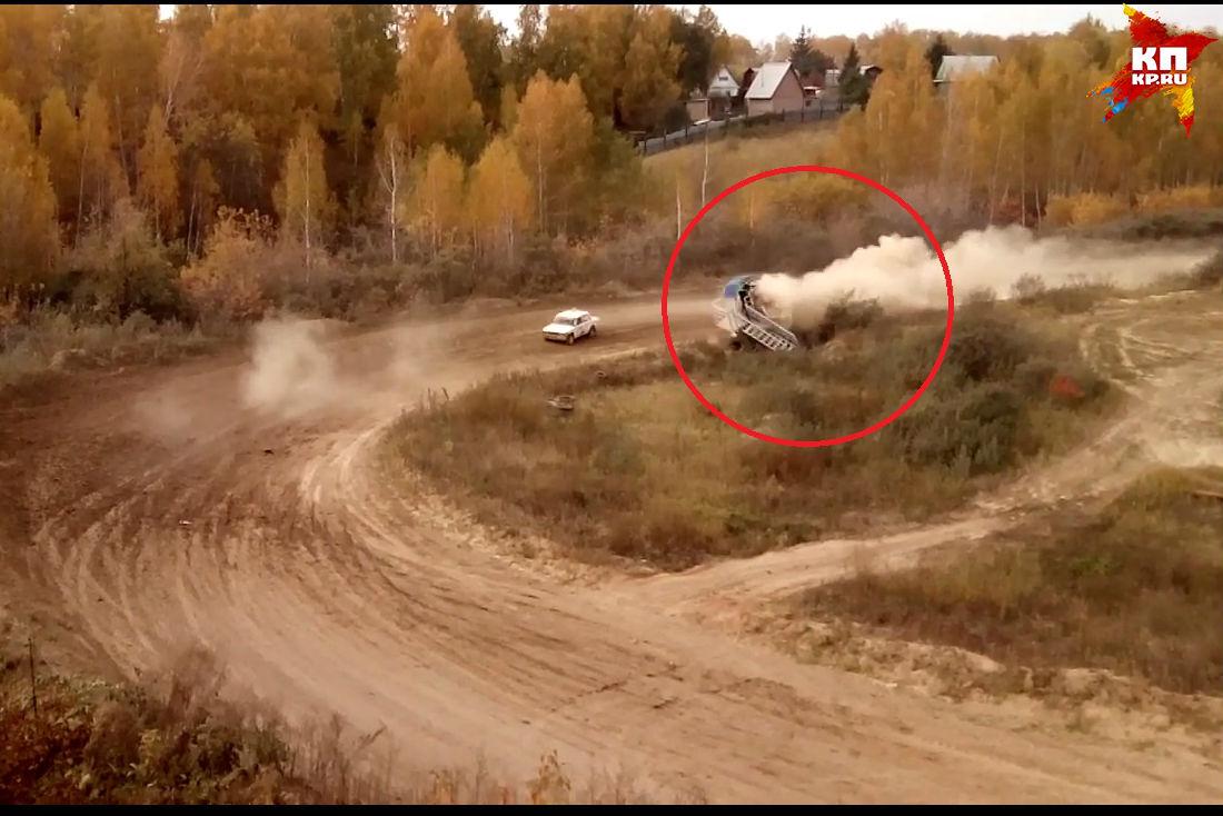 Судья умер в трагедии на автомобильных гонках «Ралли Сибирь» вОмске