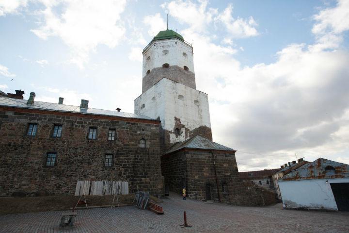 Средневековая сказка близ Петербурга - в списке лучших