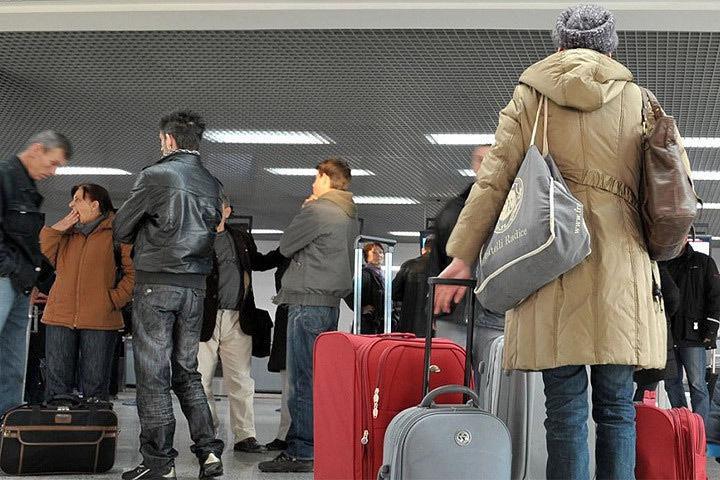 Из Латвии мигрируют местные жители и бегут беженцы. Фото: с сайта oxu.az