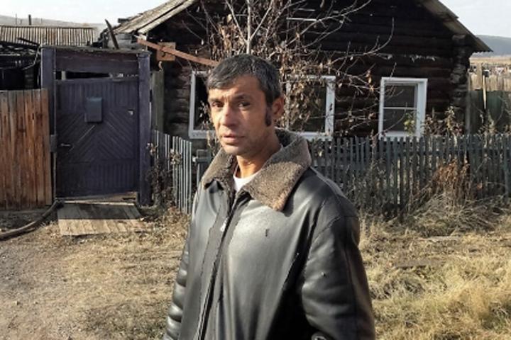 Полугодовалого ребенка вынес изогня гражданин Качуга