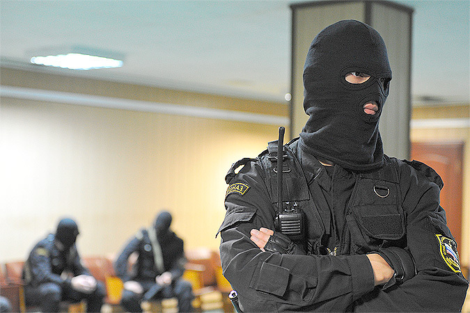 Следствие считает, что деньги украл начальник метрополитена вместе со своими коллегами.