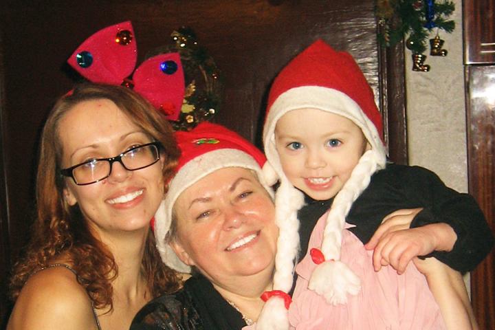 Мама - ангел-хранитель нашей семьи. Фото: личный архив